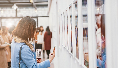The Art Market Adjusts: How the art world is quickly adopting the use of virtual viewing rooms